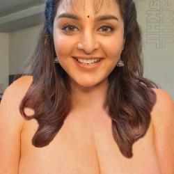 Manju-warrier-nude-boobs-videocall